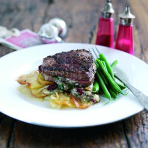 fillets steaks with stilton and cranberries